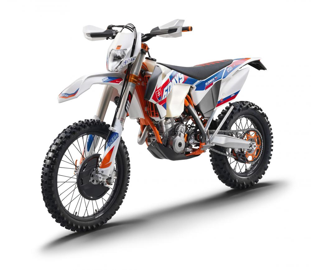 prove ktm cross ed enduro 2016 le date dei test off road. Black Bedroom Furniture Sets. Home Design Ideas