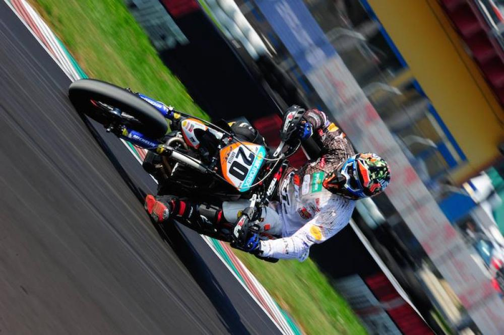 2015 motociclismo pdf settembre