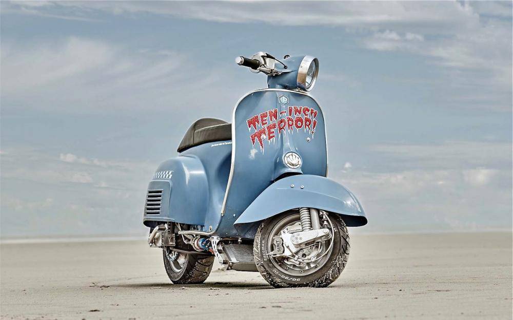 Vespa modificata, special con motore Husqvarna 360 cc: Ten Inch Terror. Semplice fuori ma elaboratissima sotto le scocche