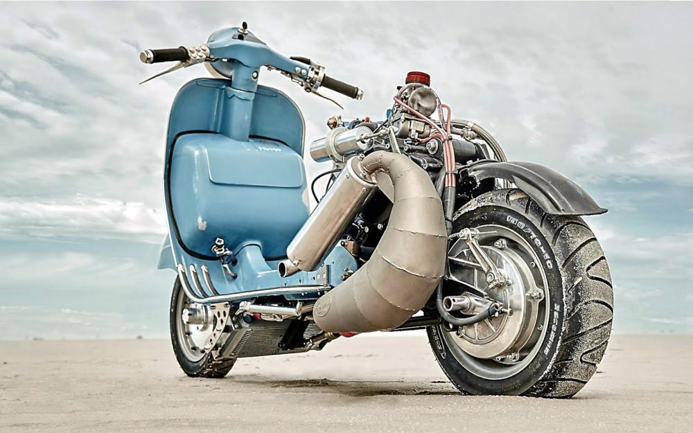 Vespa modificata, special con motore Husqvarna 360 cc: Ten Inch Terror. 55 CV, scarico Pipe Design