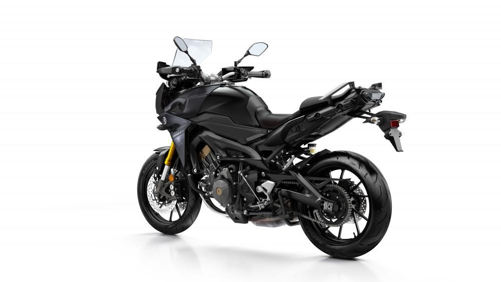 Yamaha Tracer 900 2017 nella livrea Tech Black