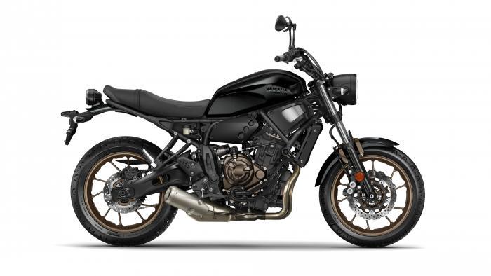 Yamaha XSR700 2017 nella livrea Tech Black