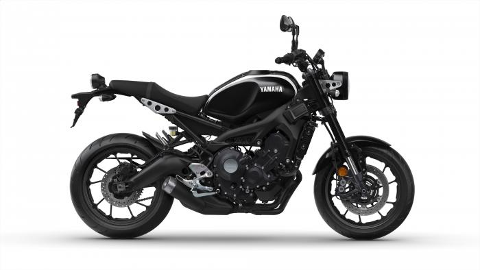 Yamaha XSR900 2017 nella livrea Midnight Black
