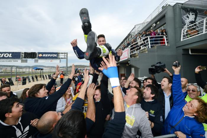 CEV 2016, Valencia: Lorenzo Dalla Porta festeggia la conquista del titolo mondiale Junior Moto3