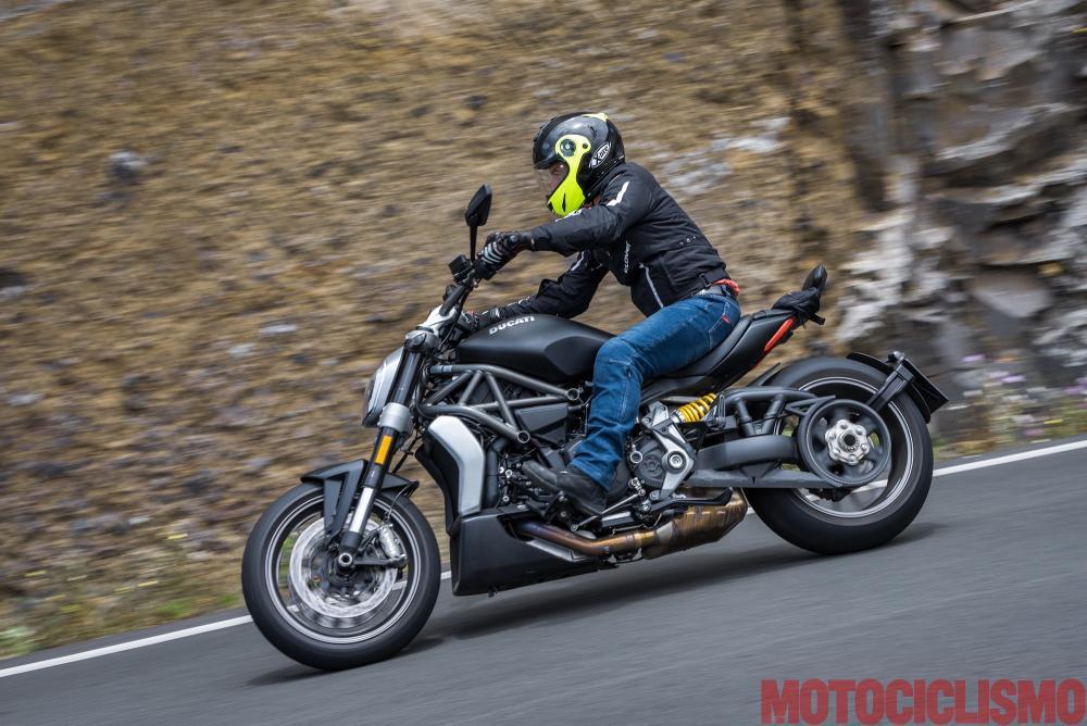 Viaggio in moto in Spagna: a Gran Canaria con la Ducati XDiavel.