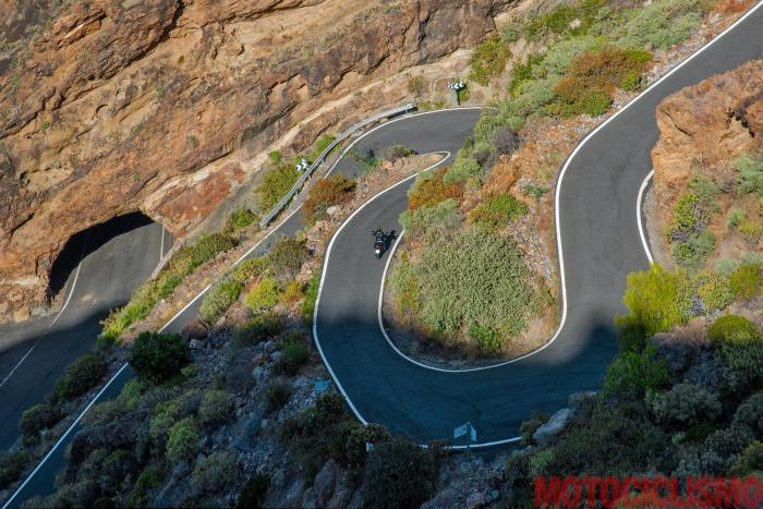 Viaggio in moto in Spagna: a Gran Canaria con la Ducati XDiavel. Strada GC606: un dedalo d curve, il paradiso dei motociclisti