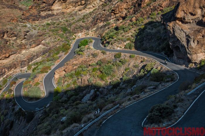 Viaggio iViaggio in moto in Spagna: a Gran Canaria con la Ducati XDiavel. Strada GC606: un dedalo d curve, il paradiso dei motociclisti