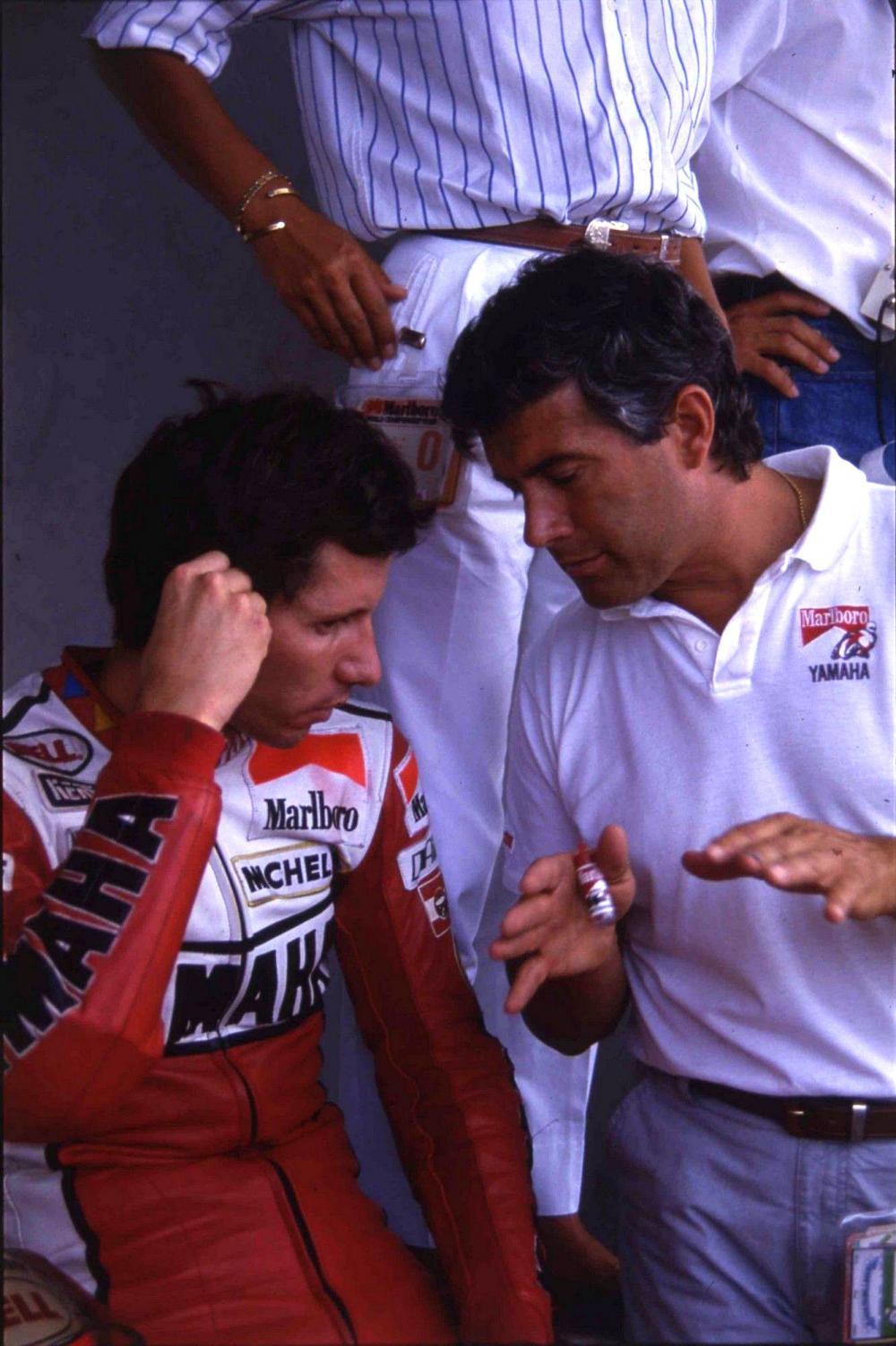 Eddie Lawson nel 1984, quando è promosso prima guida sulla Yamaha del team Agostini. I rapporti tra i due non saranno mai idilliaci, nonostante i grandi risultati