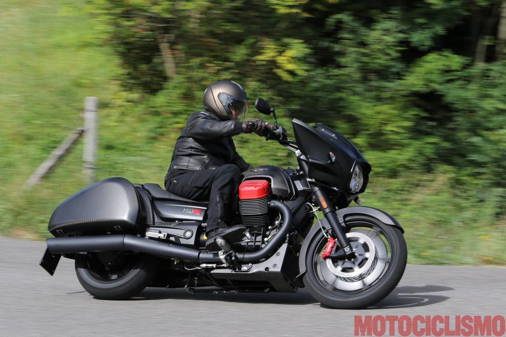 per aprilia e moto guzzi nuove moto di media cilindrata