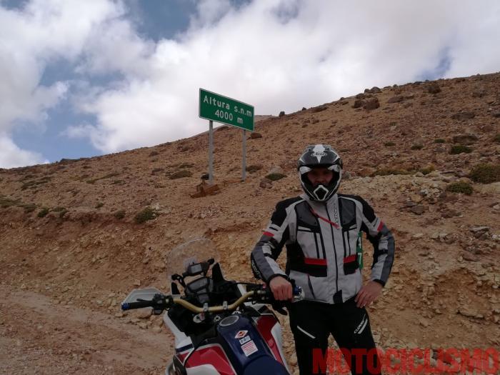 Francesco Catanese a 4.000 metri in Cile. Sta vivendo la fase dell'acclimatamento prima di partire all'attacco dei 6000 mt