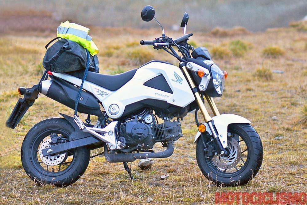Mega comparativa turistica: la 24 Ore delle Alpi. Tappa 3: Biasca (Canton Ticino, Svizzera) – Dalmine (BG). Uno dei mezzi coinvolti è la Honda MXS125