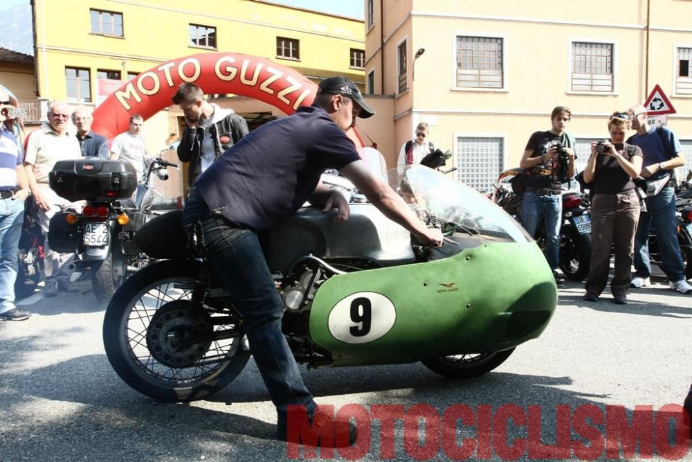 Moto Guzzi 8 cilindri GP 500 (1955-57): all'Open House 2013 a Mandello, i visiytatori della storica fabbrica hanno potuto ascoltare il canto della V8