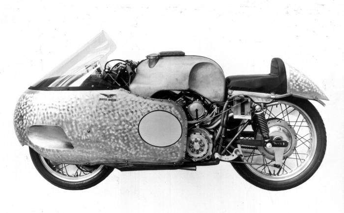 Moto Guzzi 8 cilindri GP 500: versione del 1955 (notare il codino in metallo)