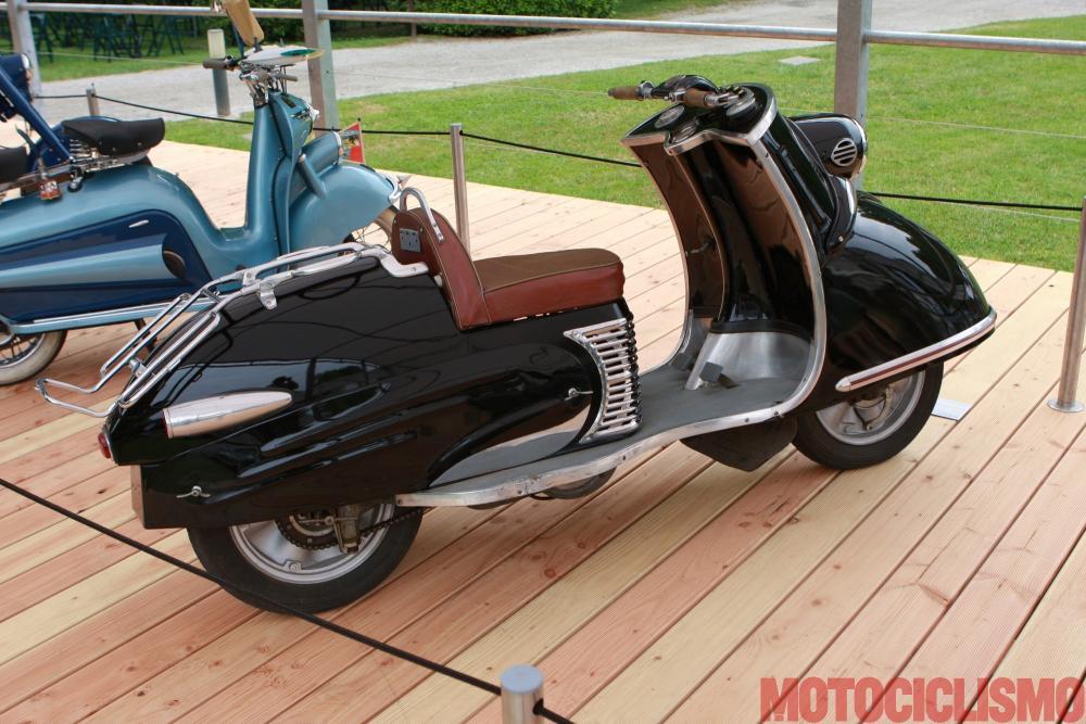 Concorso di Motociclette 2017: il Bastert Einspurauto, 1952, motore monocilindrico di 174 cc. Questo scooter ha vinto nella classe B