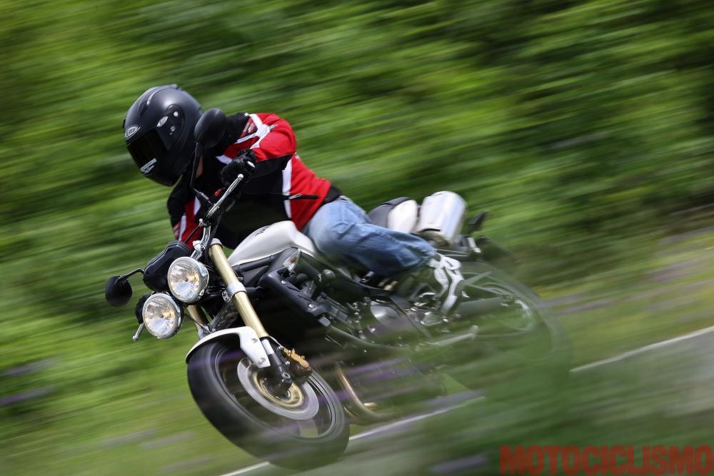 Guida Allacquisto Moto Usata Triumph Street Triple 675 Fari Tondi