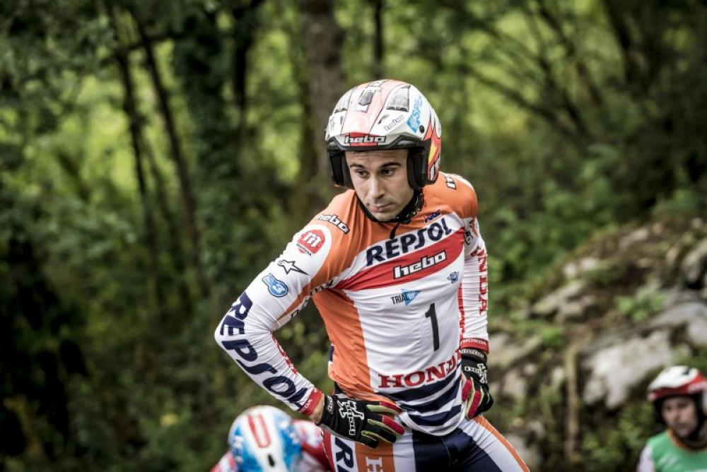 Mondiale Trial Outdoor 2017, Lourdes, Bou ispeziona la zona d gara