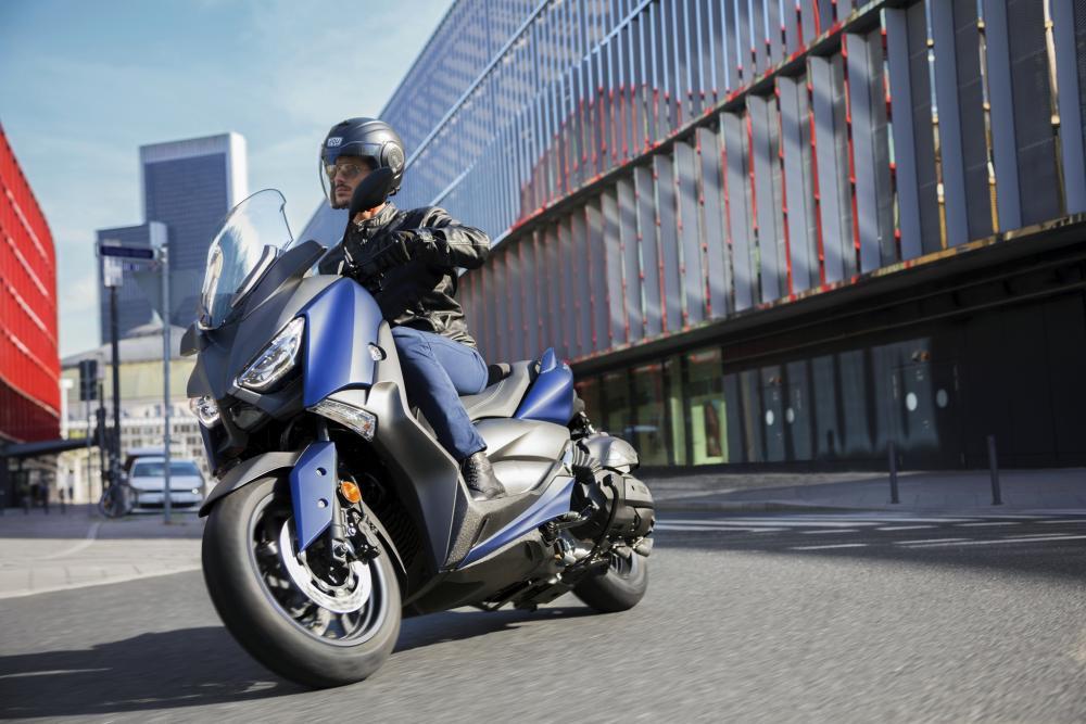 Lo Yamaha X-Max 400 m.y. 2018: novità estetiche e tecniche per il 400 sportivo Yamaha