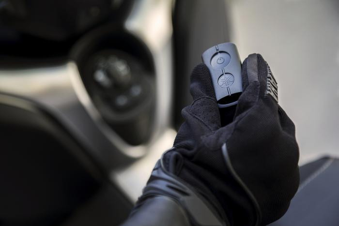La versione 2018 dell'X-Max 400 ha l'avviamento keyless