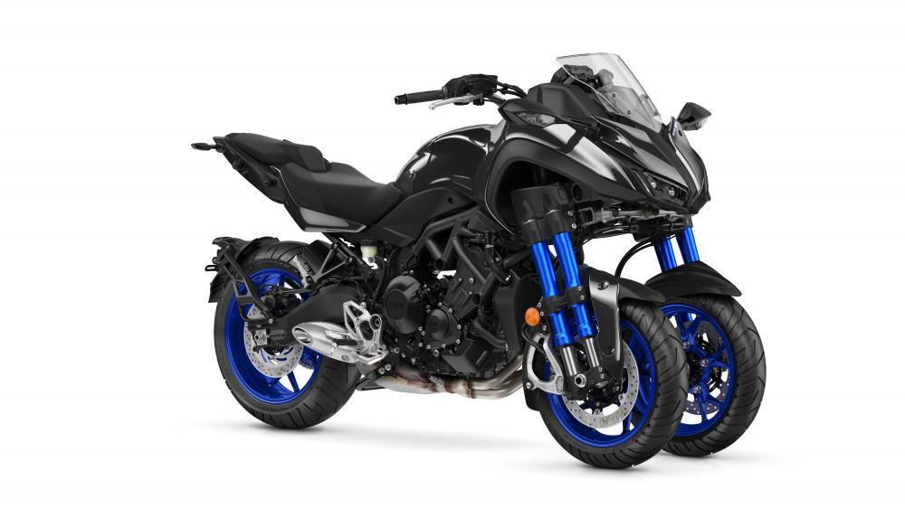 yamaha niken la gallery della moto tre ruote al 45 salone di tokyo motociclismo. Black Bedroom Furniture Sets. Home Design Ideas