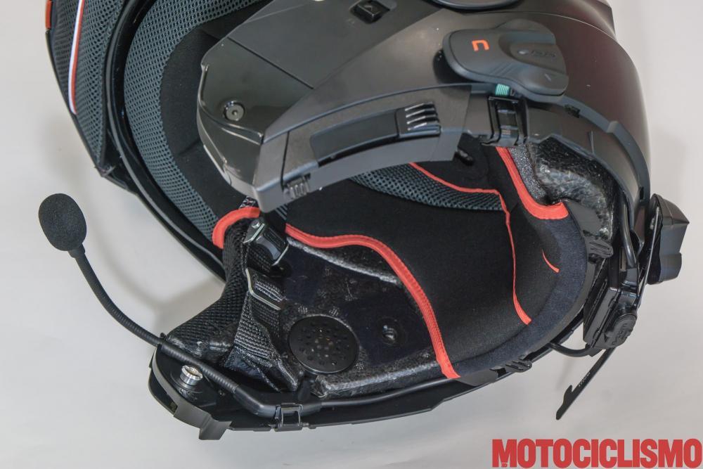 Interfono N-COM B5L + Nolan N104 Absolute: il dispositivo non rimane del tutto integrato nel casco