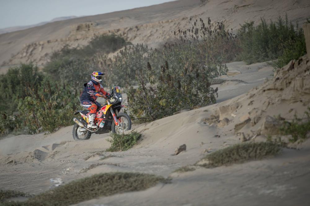 Toby Price durante la quinta tappa della Dakar 2018