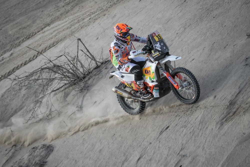 Laia Sanz durante la quinta tappa della Dakar 2018