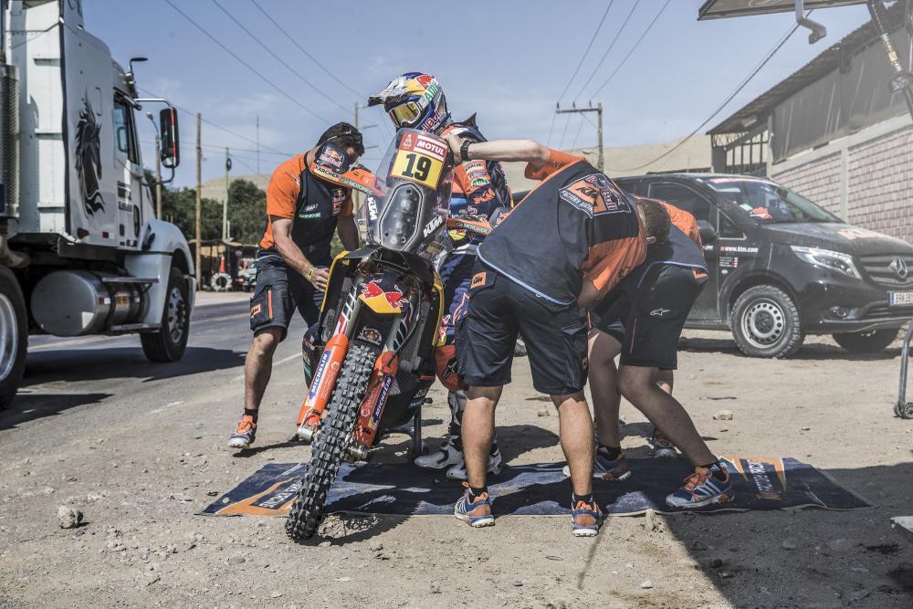 Antoine Meo in sella alla sua KTM nella sesta tappa della Dakar 2018
