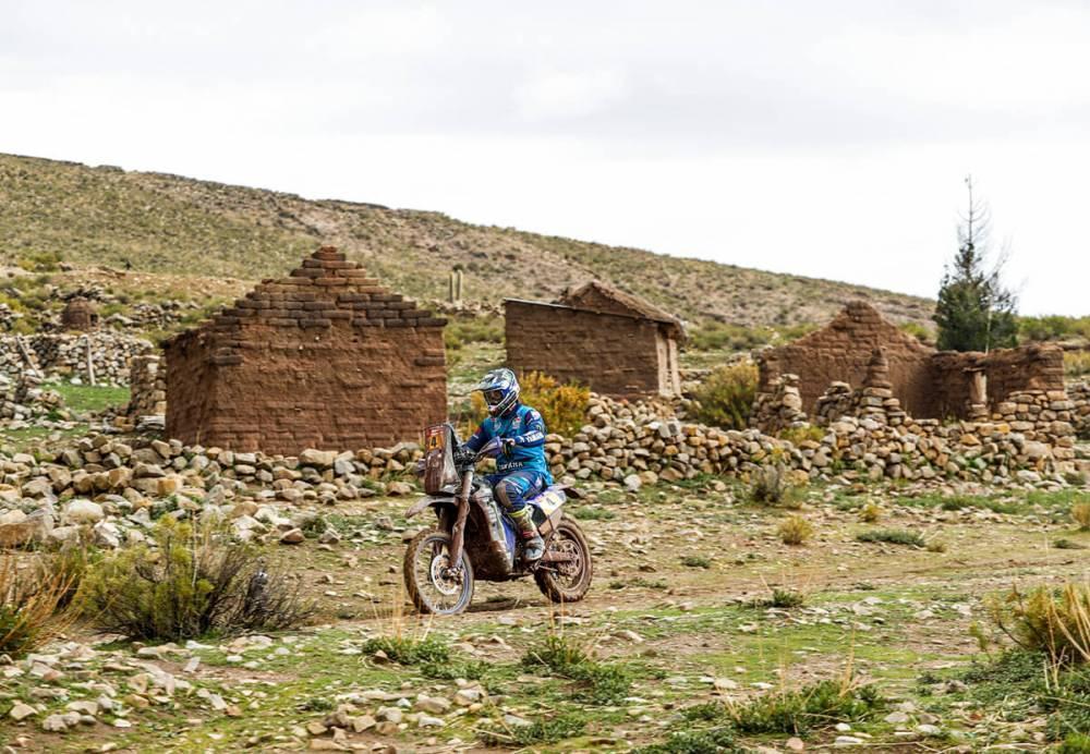 Adrien Van Beveren in sella alla sua Yamaha nella settima tappa della Dakar 2018