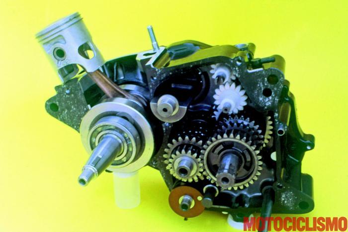 Il motore della Honda NS125F del 1984