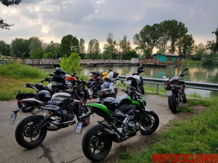 La Comparativa Naked Medie 2018 al ponte di barche di Torre d'Oglio (MN)