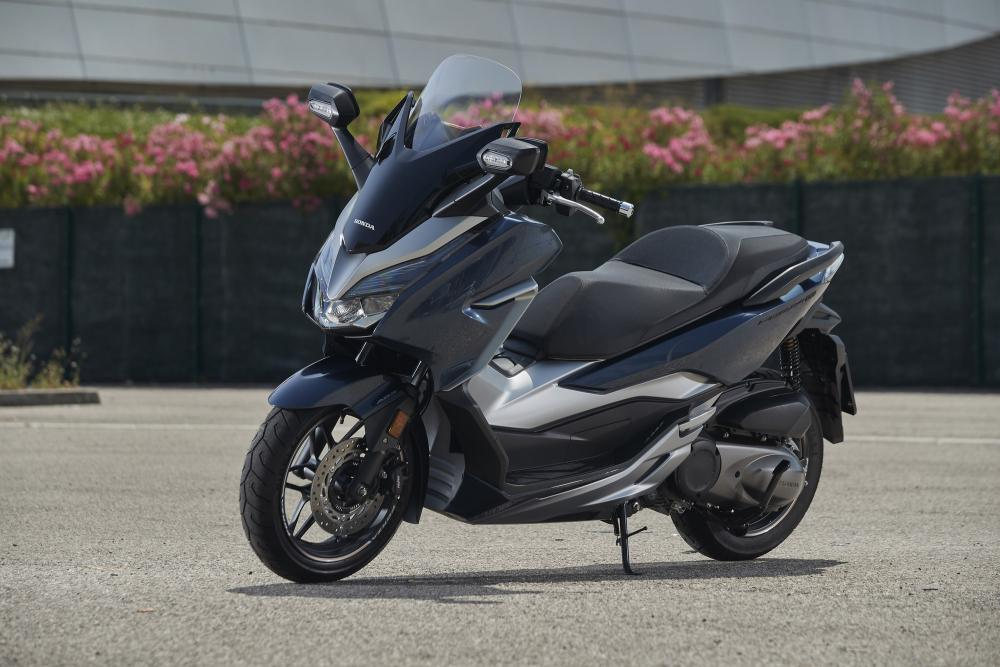 B Ca A C Cb A on Moto Honda 300