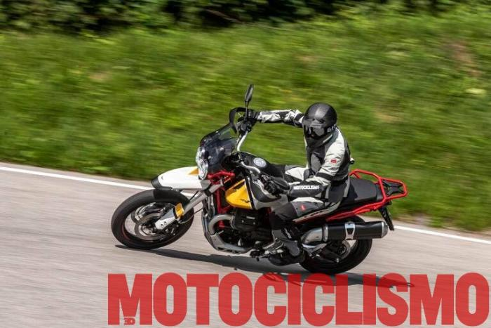 La nostra prova in esclusiva mondiale della Moto Guzzi V85. Cliccate qui per un approfondimento sul motore.