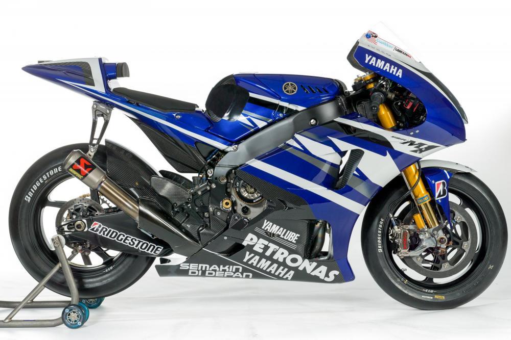 Yamaha YZF-M1 2011