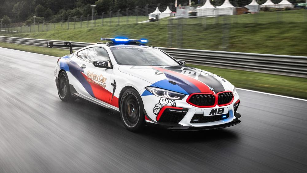 B_bmw-m8-competition-motogp-safety-car-1