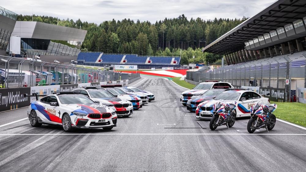 B_bmw-m8-competition-motogp-safety-car-2