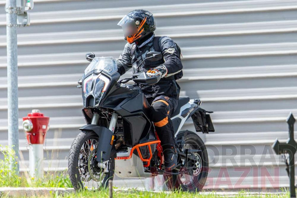 Mega Gallery: 2021 KTM 1290 Super Adventure R - Asphalt