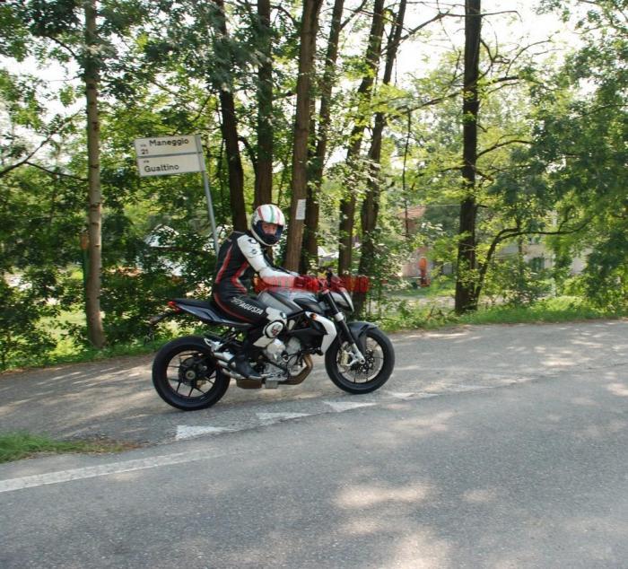 Scoop di Motociclismo: la Brutale 3 cilindri 675 cc che verrà presentata all'Eicma 2011 e sarà disponibile dalla primavera 2012. Tutti i dettagli sul numero di settembre ora in edicola; qui alcune anticipazioni