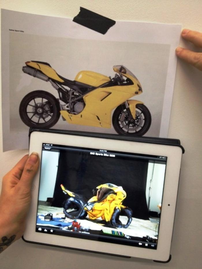 La Ducati 848 e quella creata con la body art
