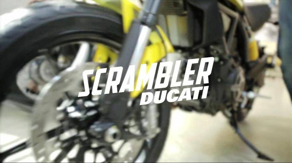 """Screenshot del video """"The new Scrambler is coming"""": il trailer ufficiale della nuova Ducati Scramber"""