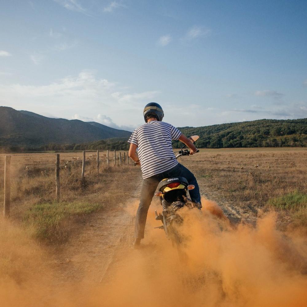 Ducati Scrambler 2015 in azione