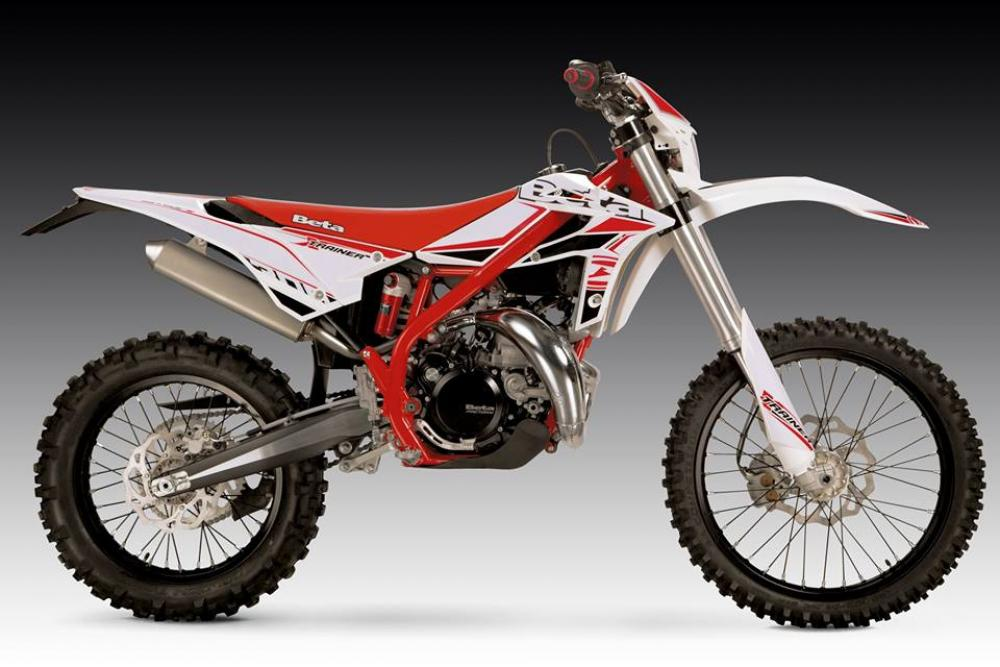 beta xtrainer 300 enduro facile made in italy motociclismo. Black Bedroom Furniture Sets. Home Design Ideas