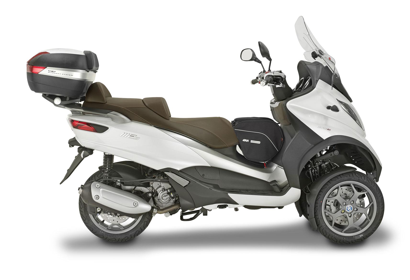 piaggio lt 300i e 500i accessori da viaggio givi motociclismo. Black Bedroom Furniture Sets. Home Design Ideas