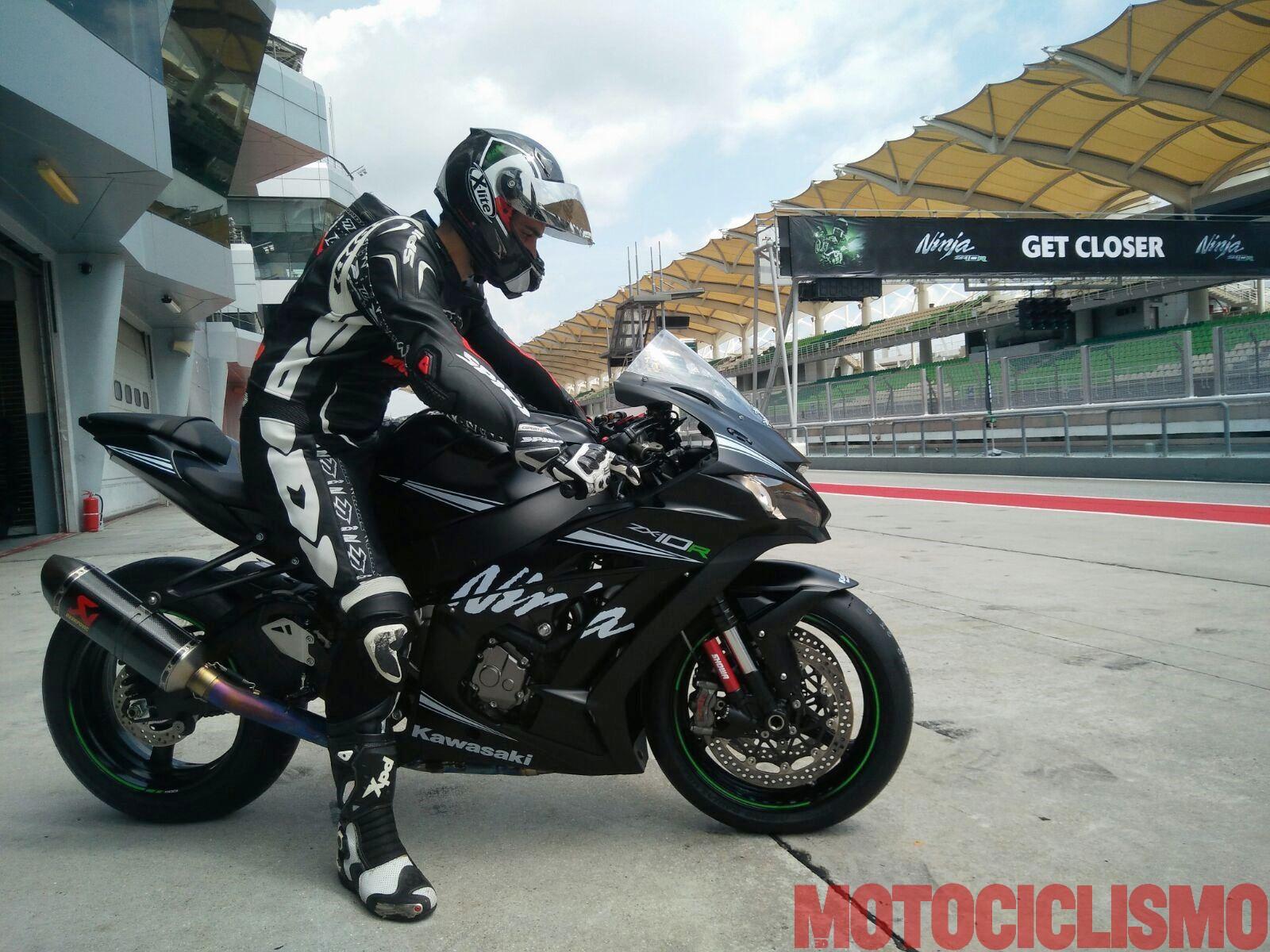 Kawasaki ZX10R 2016  et ZX10RR 2017 - Page 14 F