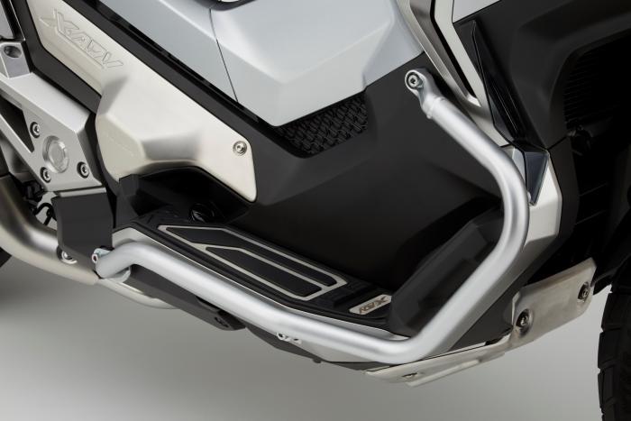 Integra X-ADV un Scoot- Trail Honda très attachant - Page 3 264548