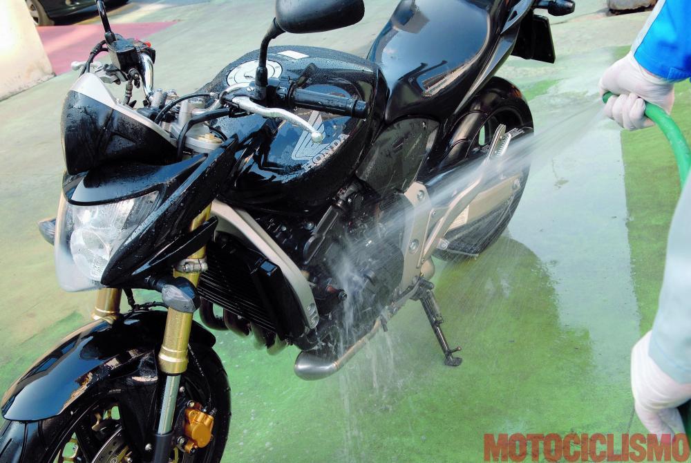 manutenzione della moto: come fare - motociclismo