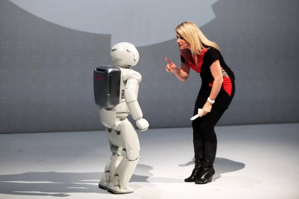 Risultati immagini per robot licenziato